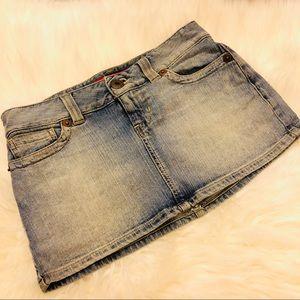 ⭐️ Guess Jeans denim mini skirt